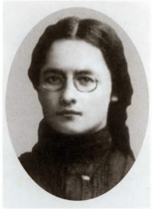 Мария Константиновна Циолковская - Костина.