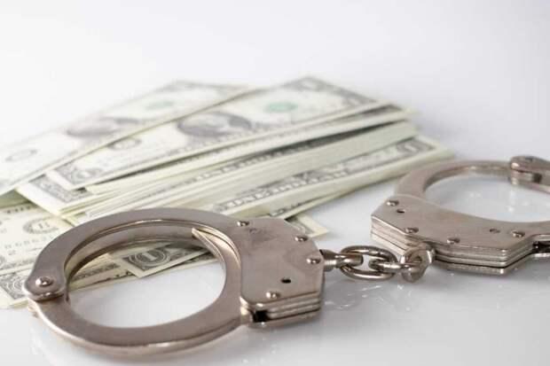 Женщину посадили в тюрьму на 5 лет за продажу 13-летней дочери в сексуальное рабство