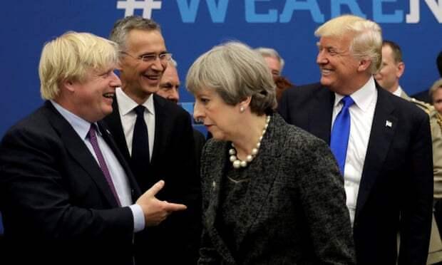 Болтон рассказал, что Трамп думает онекоторых мировых лидерах