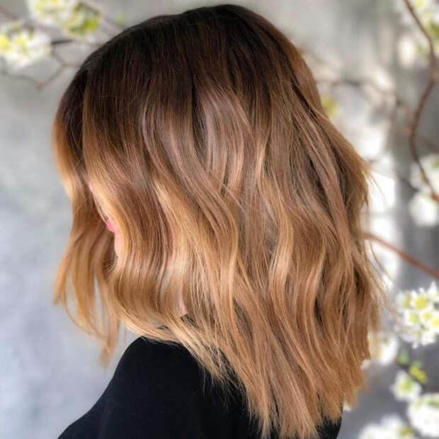 комбинированный блонд на волосах