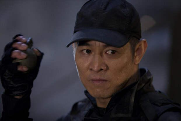 Джет Ли, кадр из фильма «Неудержимые»