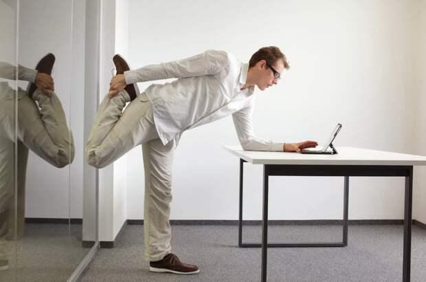 Волевая гимнастика от академика Микулина. На 3 минуты! Самая невидимая из всех невидимых!