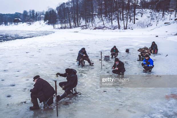 Fishing-on-Ice