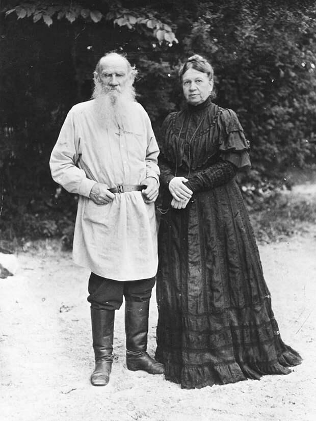 Почему Лев Толстой ненавидел секс