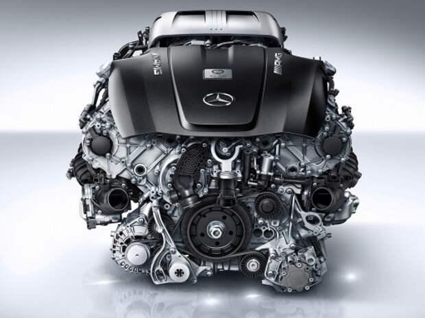 Mercedes-Benz предпочел трем цилиндрам наддув и гибриды