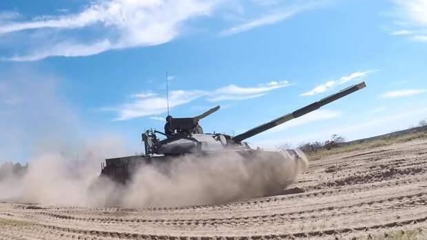 Таманская и Кантемировская дивизии приняли участие в проверке войск ЗВО