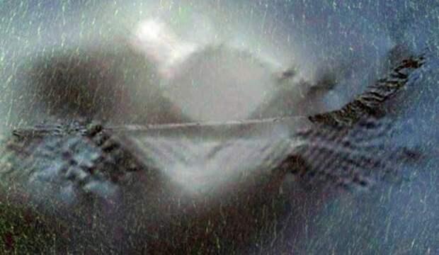 Гигантское сооружение обнаружено на дне Атлантического океана