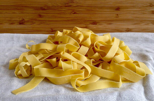 Делаем макароны вкуснее и полезнее, используя хитрости поваров. Добавляем кислотности, чтобы тесто лучше усваивалось