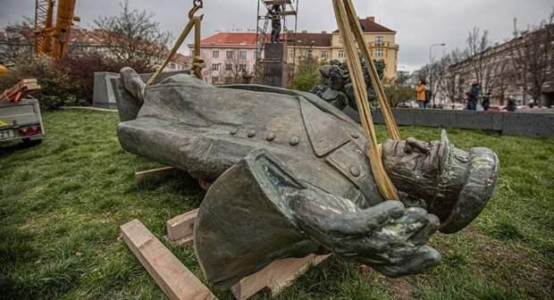 Снос памятника маршалу Коневу: Чехию ждут неприятные последствия