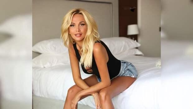 Виктория Лопырева пожаловалась наапатию накарантине: «Надоело!»