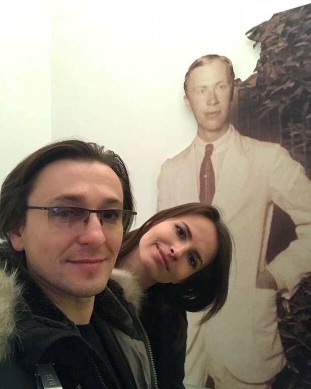 Елена Миро прошлась по Безрукову, назвав актера «человеческим ничтожеством» — многие согласились с блогером