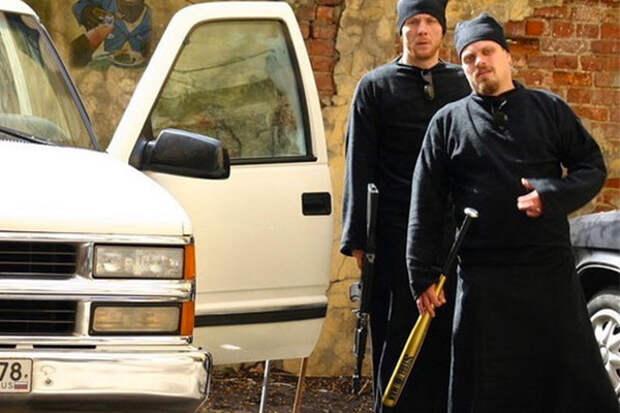 «Видите газон? Ставьте палатки и живите!» Ветеран отбила свой дом у бандитов 90-х, но проиграла церкви