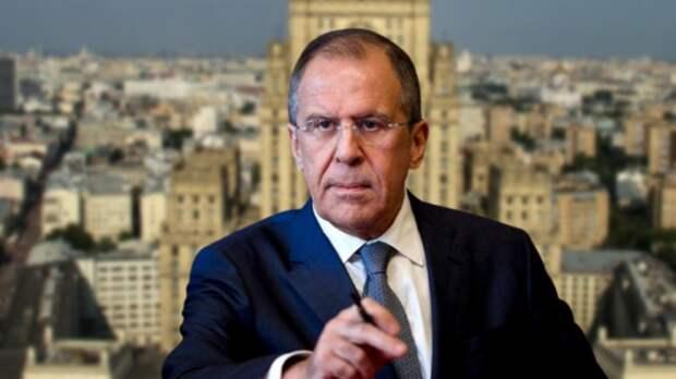Тактика русской дипломатии действительно приобрела наступательный характер