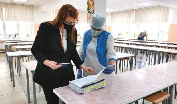 В Минобре оценили действия администрации Гимназии №1 после отравления школьников