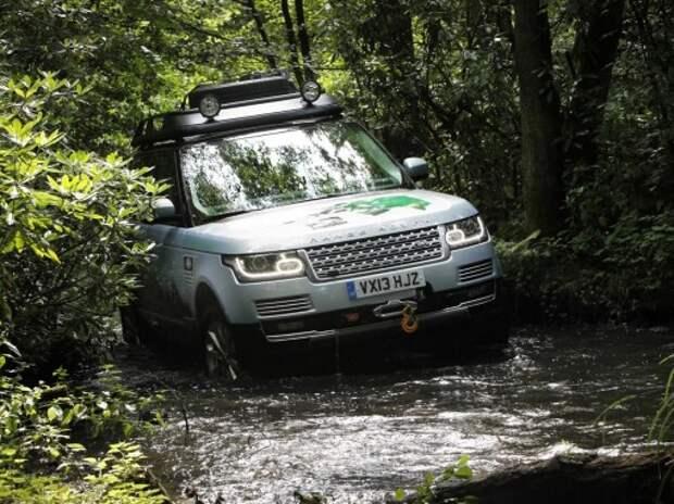Land Rover выпустит «грязевые» версии своих внедорожников