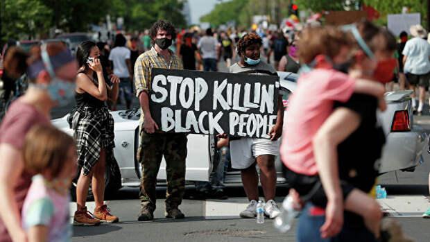 """Вы что, его убили?"""" Почему американский город захлестнули протесты ..."""
