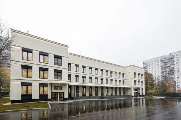 Так выглядит здание поликлиники №125 после проведения комплексной реконструкции