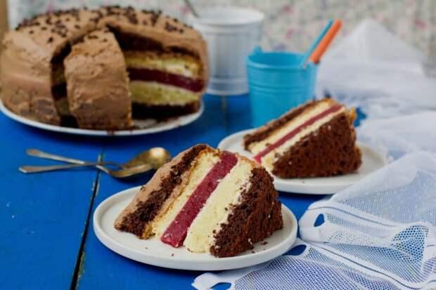Многослойный торт Мишель. Вкус не чрезмерно сладкий, с небольшой кислинкой 4