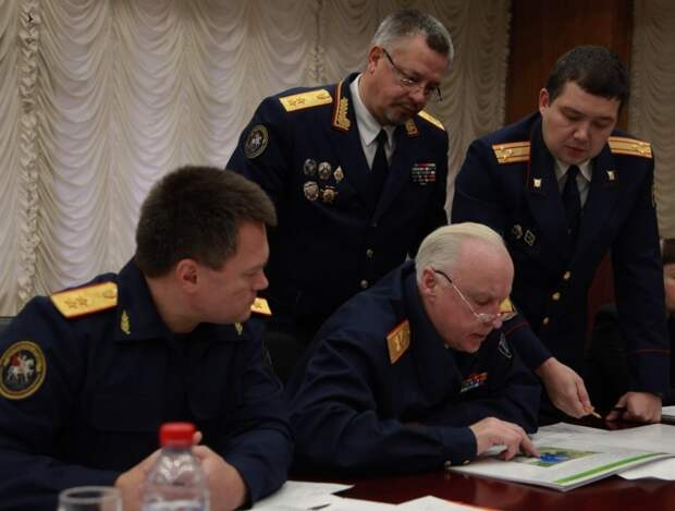 Бастрыкину и Краснову рассказали о подкупе депутатов в Севастополе