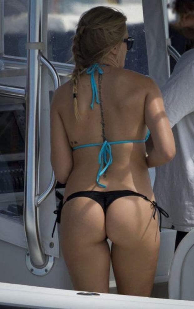 Красивые девушки в бикини (27 фото)