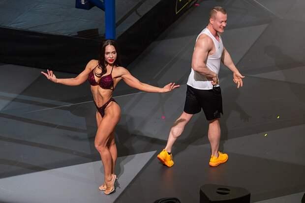 Сжечь 1000 калорий: в Москве открылась школа фитнес-бокса Кости Цзю