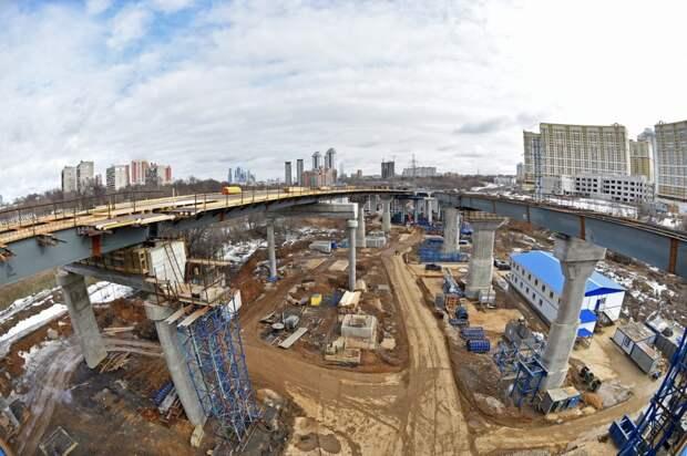 Мэр Москвы назвал сроки окончания строительства хордовых магистралей