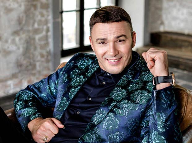 Секс-символу «народной группы» Кириллу Андрееву исполнилось 50