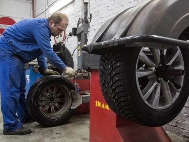 ГИБДД с 1 января будет проверять наличие зимних шин