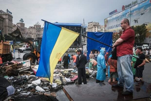 «Украинские нацисты и их покровители притесняют 20 млн. русских»