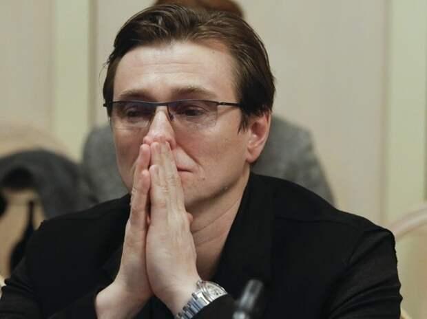 Сергей Безруков заболел коронавирусом: «Иммунитет сдал»
