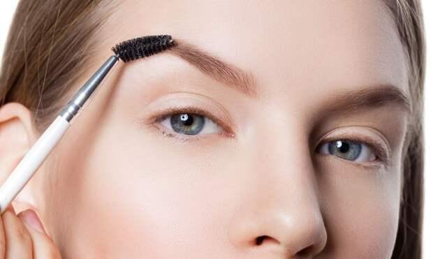 Ламинирование бровей: плюсы и минусы самой модной бьюти-процедуры