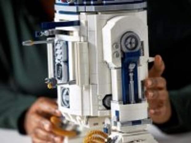 Компания LEGO выпустила конструктор дроида R2-D2 из «Звездных войн»