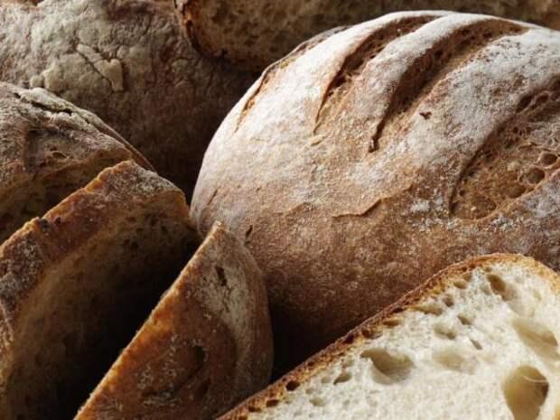 В Великобритании утвердили обязательную пищевую добавку в хлеб для сохранения здоровья нации
