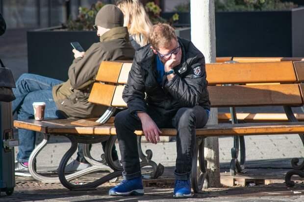 Правительство России выделит ещё 35 млрд рублей на пособия по безработице