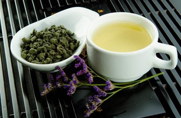 Чай с женьшенем - эффективный борец со стрессом и усталостью / Фото: myteapro.ru