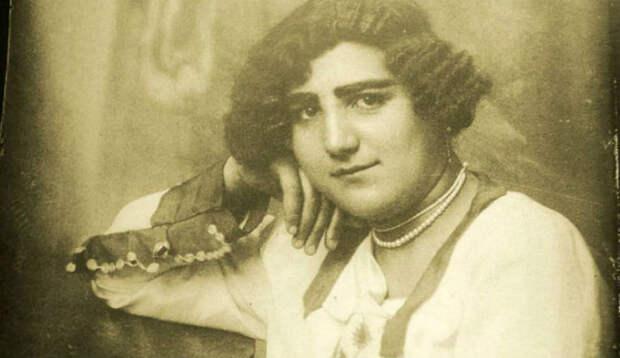 Как менялись лица иранских женщин 1920−1950-х годов