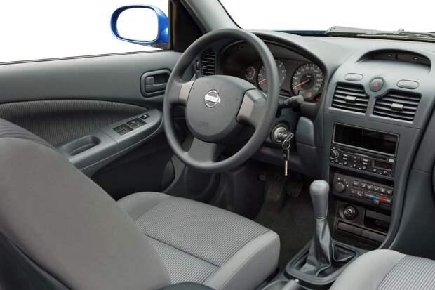 5 причин покупать и не покупать Nissan Almera Classic В10