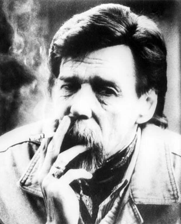 Заслуженный артист России Владимир Особик (http://spb-tombs-walkeru.narod.ru)
