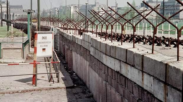 Берлинская стена пересекает Потсдамскую площадь. 1962 год