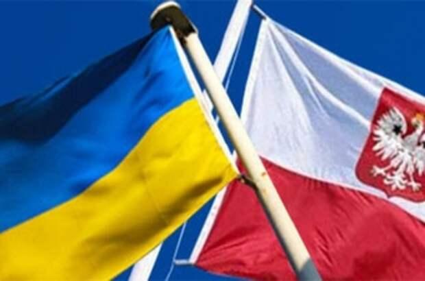 Польша вводит санкции против Украины, демонстративно поддерживая Россию