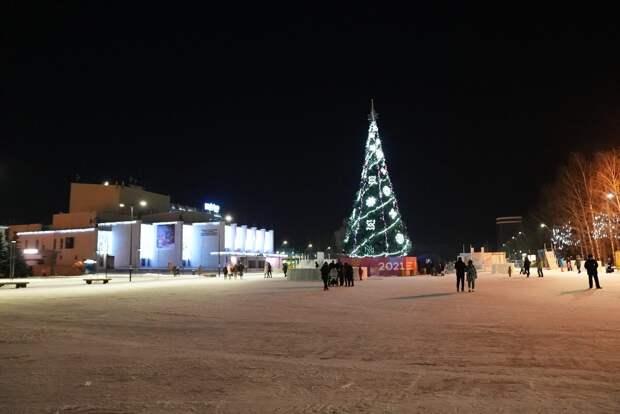 Строительство ледового городка на Центральной площади Ижевска завершат к 31 декабря