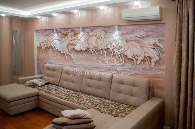 Барельеф на стене - современный вид декора помещения