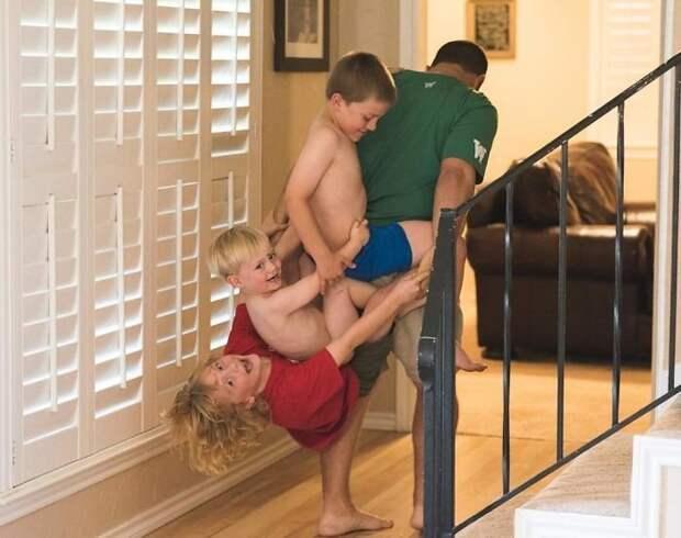 Мама показала, как это — воспитывать трёх сыновей в мире, воспитание, дети, люди, родители, семья
