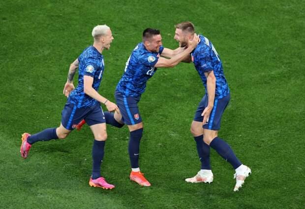 Словакия — Испания: стартовые составы сборных на матч Евро-2020 — Гамшик и Мората в старте