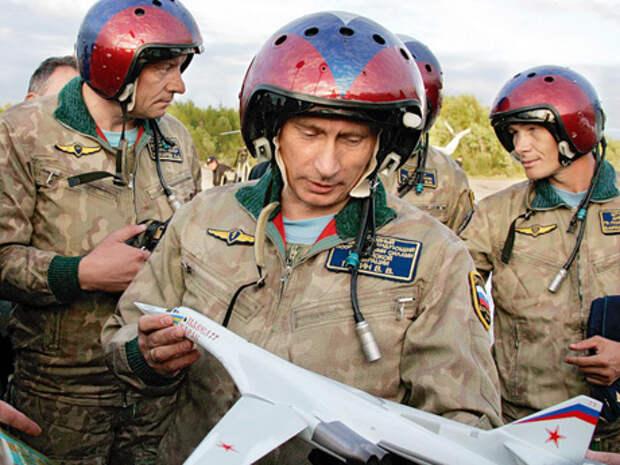 В 2005 году Владимир Путин совершил полет в командирском кресле Ту-160