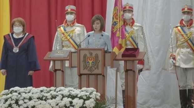 Додон предрек отставку президента Молдавии Санду