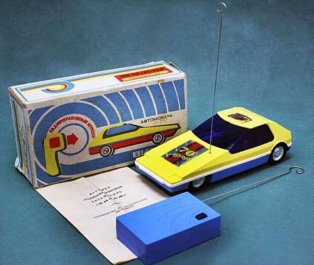 Танки, катера и даже луноходы: 18 фото редких советских электронных игрушек, о которых я даже и не мечтал в детстве (19 фото)