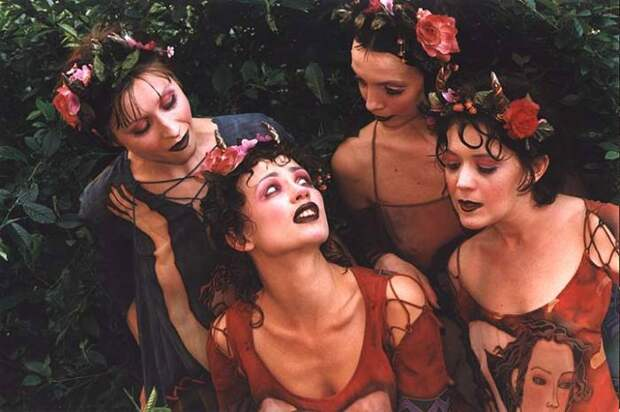 «Жёлтый лист осенний»: одна из самых замечательных песен из 1990-х от группы «Колибри»