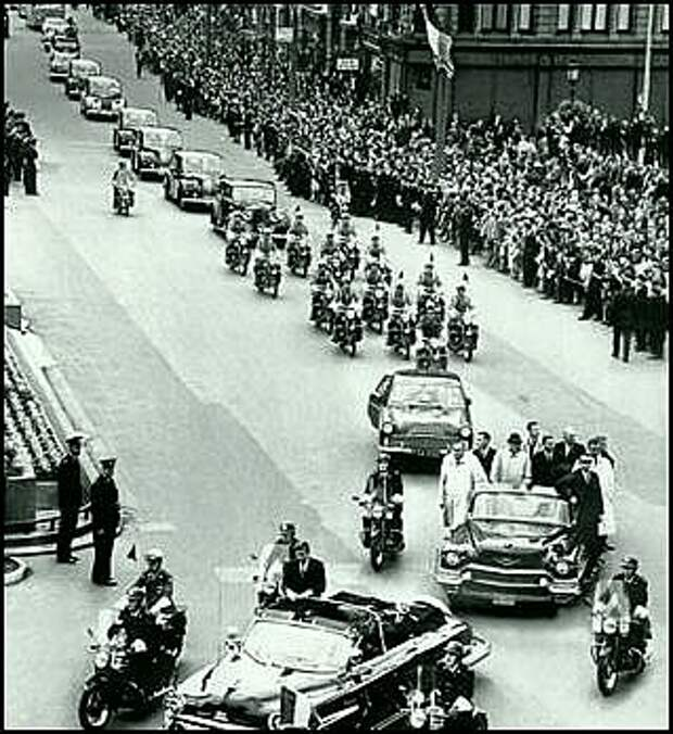 Мотоэскорт президента США Дж.Ф.Кеннеди во время посещения Дублина  26 июня 1963 года