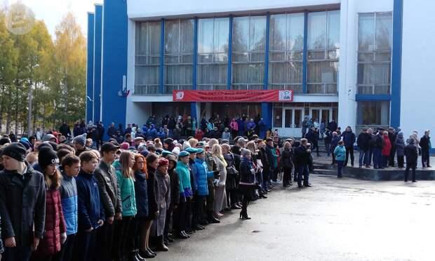 Сквер имени Михаила Калашникова открыли в Ижевске